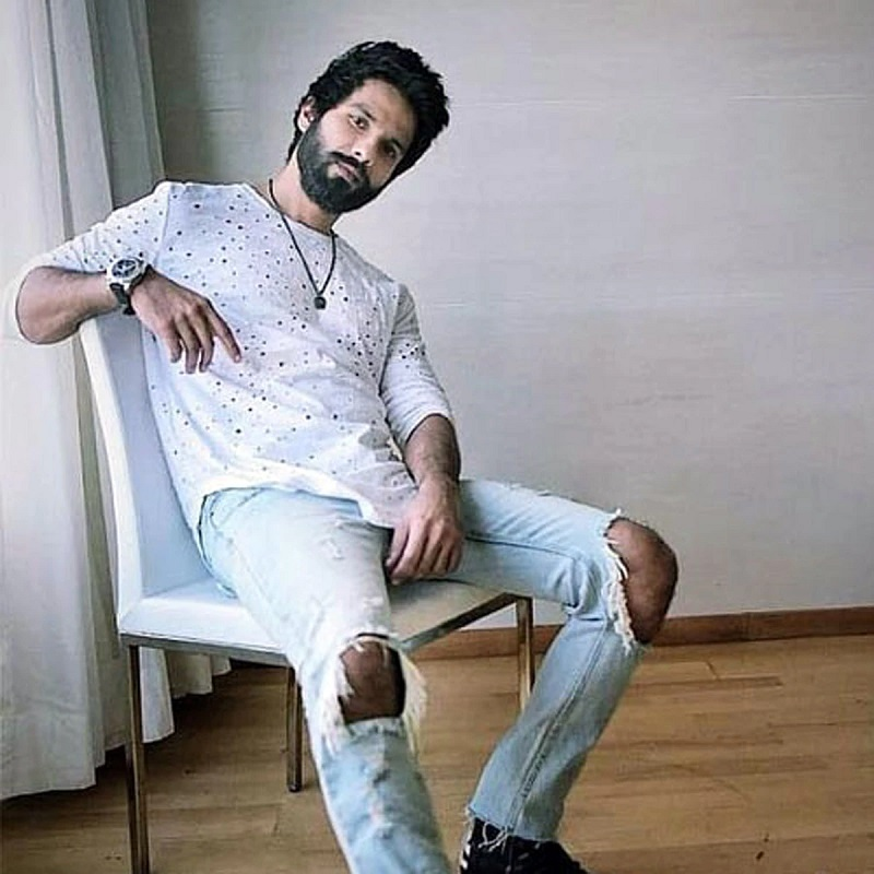 shahid Ripped Jeans